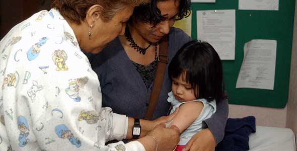 Cuadro de vacunas para niños son fundamentales para su bienestar