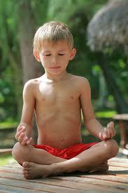 Cómo Enseñar Yoga y Meditación a los Niños