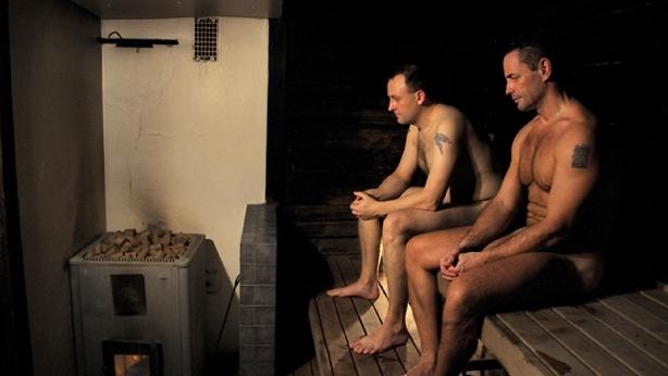 Energízate y embellécete con una sauna