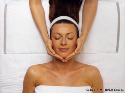 masaje-del-aire-para-rejuvenecer-el-rostro