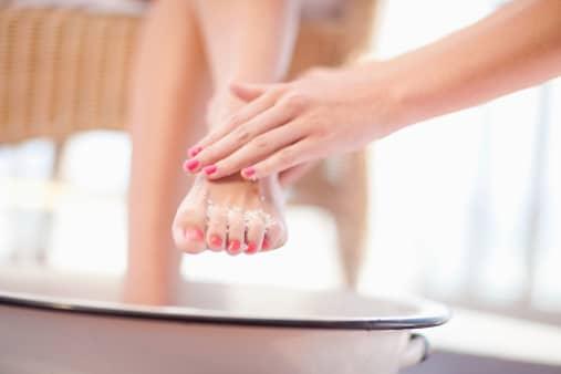 Relajando los pies con ejercicios